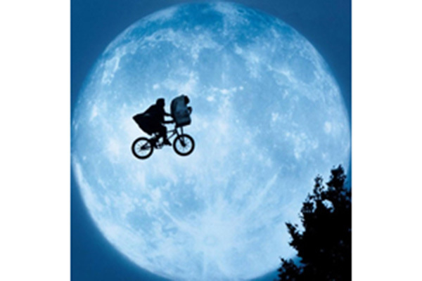 Film Summer Classics E T The Extra Terrestrial 1982 Events Notre Dame Events University Of Notre Dame